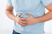 Viêm dạ dày có gây ra tình trạng đau tức ngực và khó thở không ?