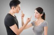 mới cưới, vợ chồng son, hay cãi vã, chồng giữ trong lòng, đòi li hôn, không tha thứ