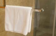 Nguy cơ nhiễm HIV khi dùng chung khăn lau có cao không?