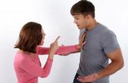 chồng làm ăn thua lỗ, nợ nần chồng chất, lừa dối vợ, muốn chồng đi xa