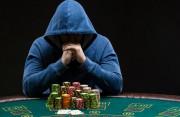 chồng nghiện cờ bạc, đi cải tạo, chứng nào tật nấy, chơi qua đêm, vô trách nhiệm