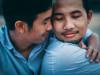 cửa sổ tình yêu, đồng tính nam, lấy vợ, bình phong, ngang trái, che mắt, chấp nhận, công việc, gia đình.