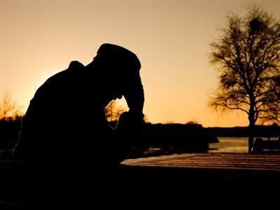 gia đình, tình cảm anh em, cha mất,ung thư, tiền bạc, tranh dành, tiền phong bì, phúng viếng