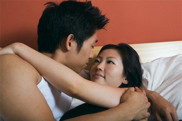 phản bội, ghen tuông, nghi ngờ, bạn trai kiểm soát, yêu vì tình dục, yêu vì tiền, chán nản, bỏ rơi bạn trai