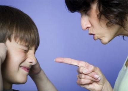 tâm lý, cáu gắt, mắg chửi, la mắng, tổn thương, ức chế, giận dỗi, bực tức, ngôn từ, yêu thương, chơi game, cửa sổ tình yêu