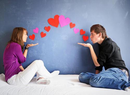 theo đuổi bạn trai, lợi dụng tình cảm, quan hệ tình dục, thỏa mãn ham muốn, hờ hững, thờ ơ, nghi ngờ tình cảm, mù quáng, cửa sổ tình yêu