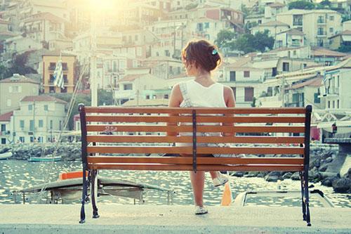 tình yêu tan vỡ, chia tay, người yêu cũ, nối lại tình cảm, bạn trai vô tâm, yêu xa, nhớ nhung, cửa sổ tình yêu