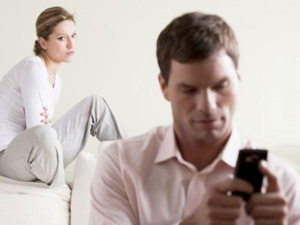 hôn nhân rạn nứt, chồng ngoại tình, chồng vô trách nhiệm, mâu thuẫn vợ chồng, ly hôn, hạnh phúc, cửa sổ tình yêu