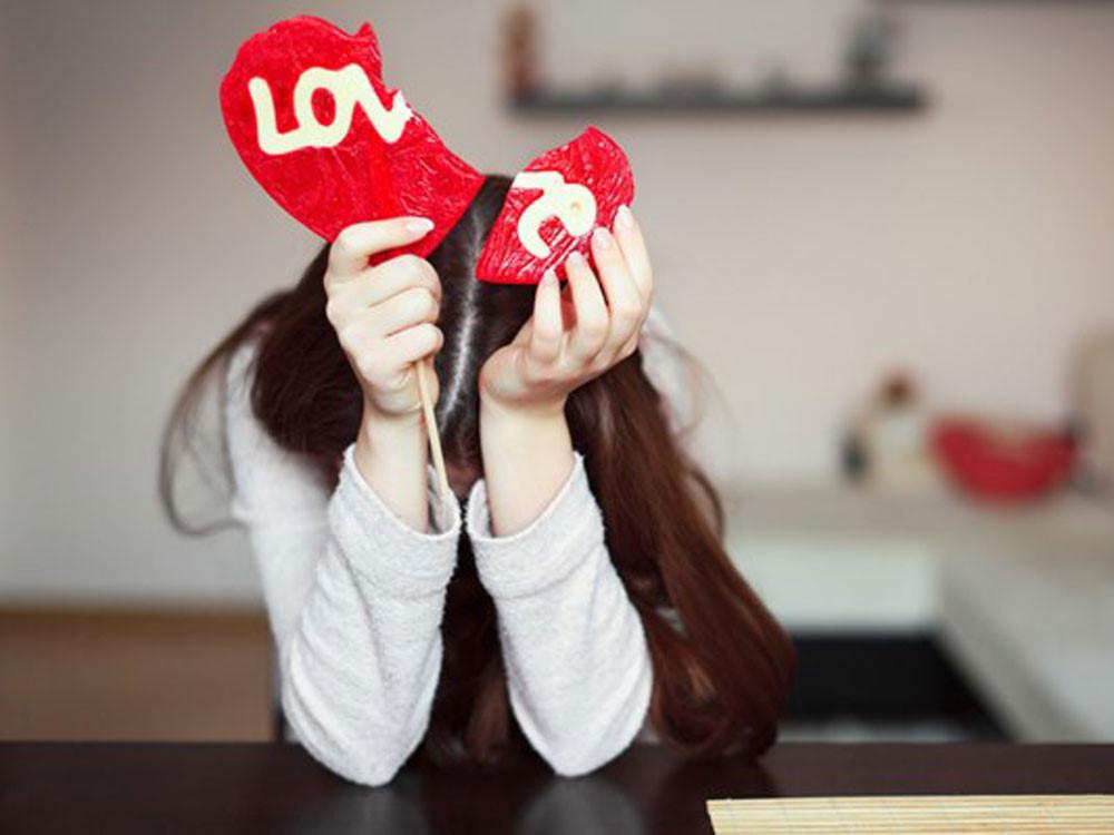 thích, không thích, tình cảm, người yêu cũ, trêu đùa, hối hận, hối tiếc, khẳng định, cảm xúc, thô lỗ
