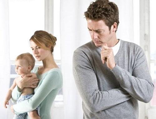 hôn nhân gia đình, rạn nứt, ly hôn, dị tật tim bẩm sinh, bất đồng, chăm sóc, nuôi dưỡng, bất lực, cửa sổ tình yêu
