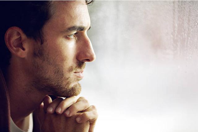 ngoại tình, giận dỗi, mât niềm tin, xem ai đó là cả thế giới, tổn thương, đau đớn, cửa sổ tình yêu