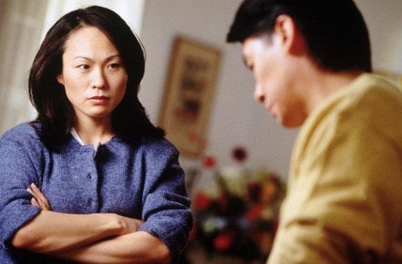 cửa sổ tình yêu, mâu thuẫn, vợ chồng, ly hôn, ly thân, con cái, nuông chiều, xúc phạm.