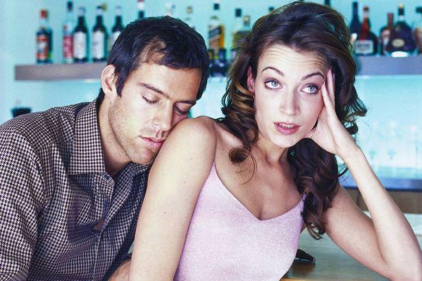 tư vấn hôn nhân gia đình, than phiền, nhậu nhẹt, mâu thuẫn vợ chồng, im lặng, hôn nhân rạn nứt
