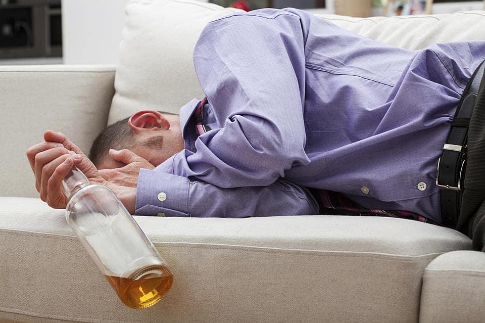 chia tay, vì say rượu, hay quên, say quên lối về, bạn gái giận
