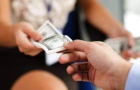 bạn trai, vay tiền, mất liên lạc, lừa tiền, trốn tránh, không trả tiền
