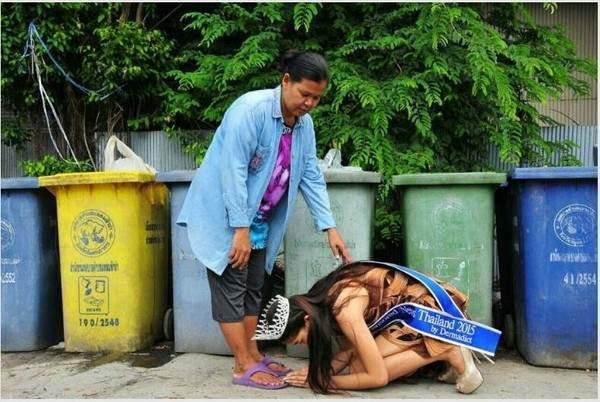 Hoa hậu Thái Lan quỳ lạy trước vựa ve chai của mẹ sau khi đăng quang